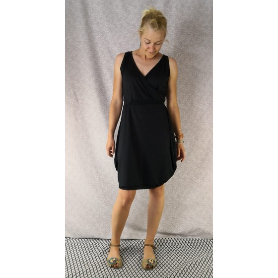 Obleka Pure Black - prednaročila
