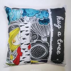 Pillow cover Hug a tree
