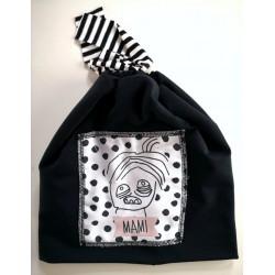 Črna kapa - Mami