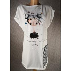 Prevelika majica - zaupaj Vesolju bela