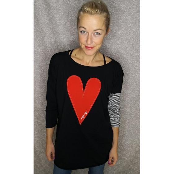 Prevelika majica Srček črna